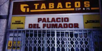 The Palacio del Fumador (Smoker's Palace).
